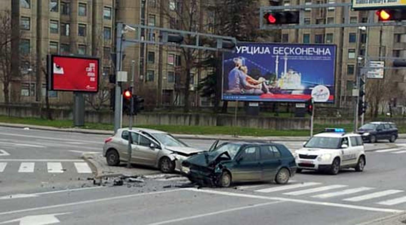 Викендот во Скопје 34 сообраќајки, една жртва, над 20 повредени