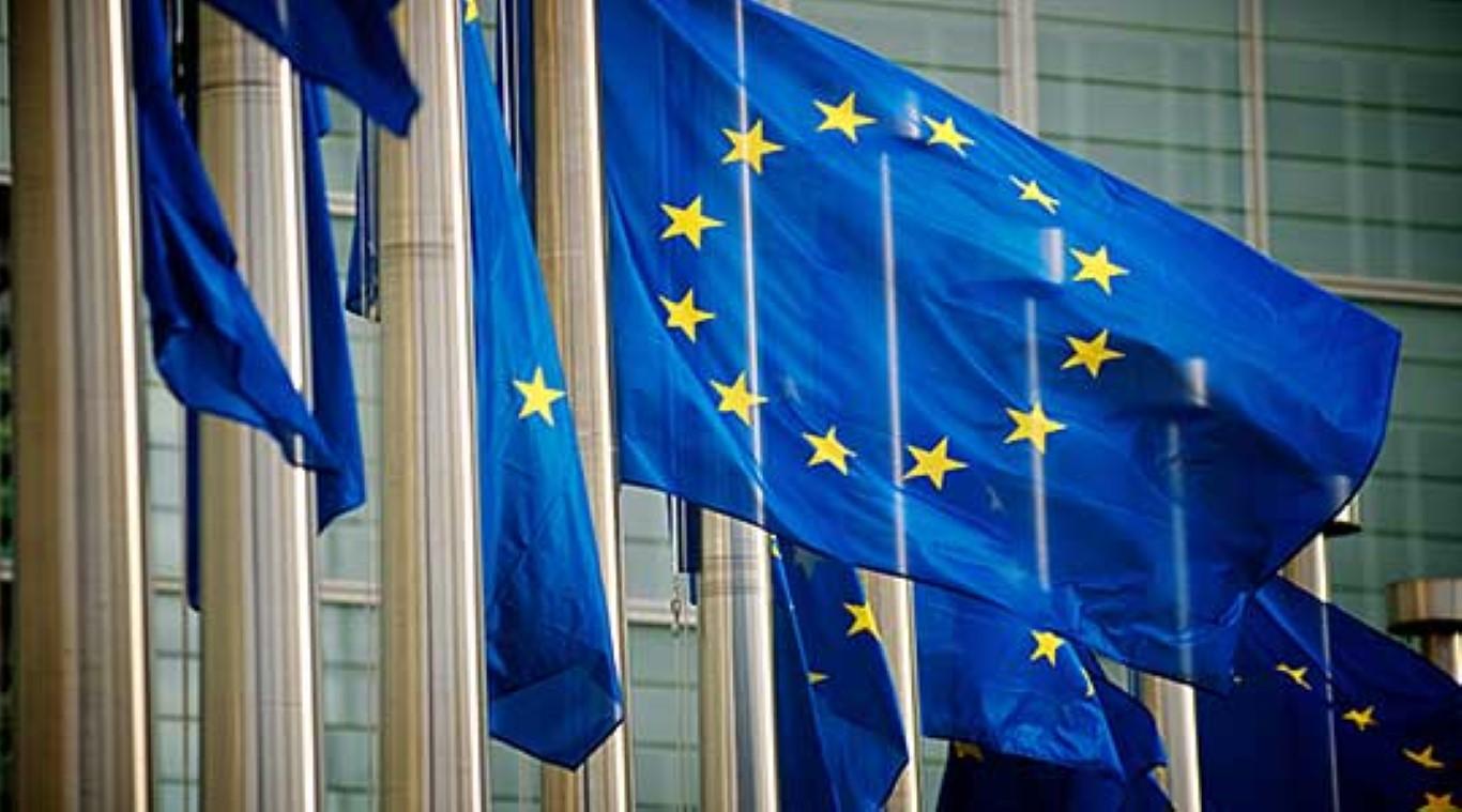 Македонија ги одбележува Денот на Европа и победата над фашизмот