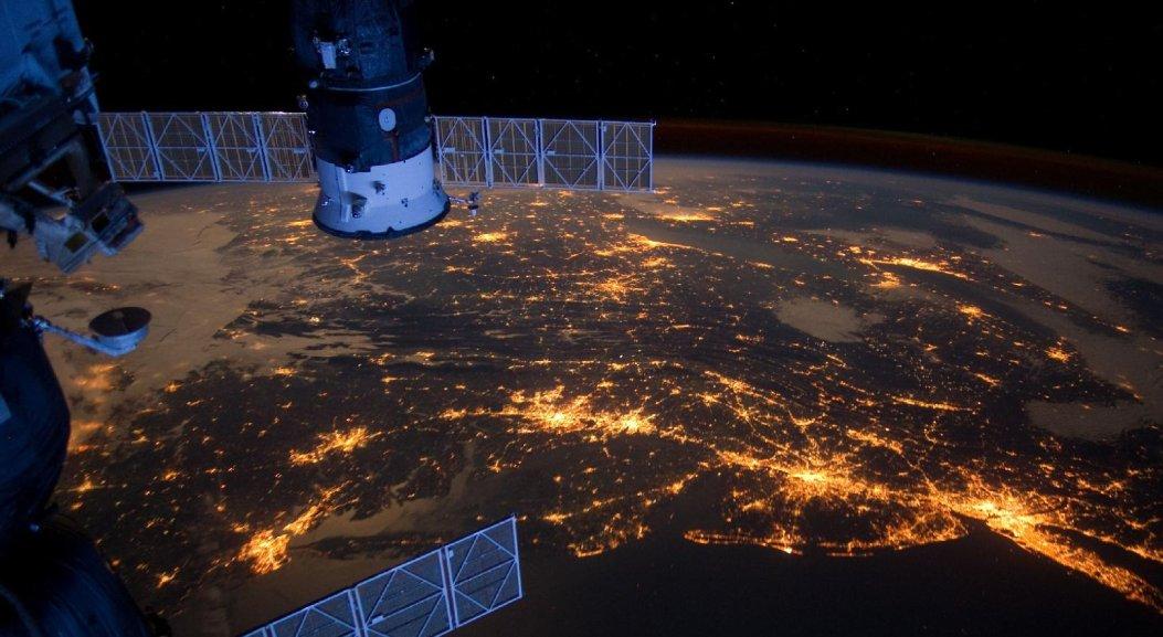 Фејсбук со сопствен сателит ќе обезбеди бесплатен интернет во Африка