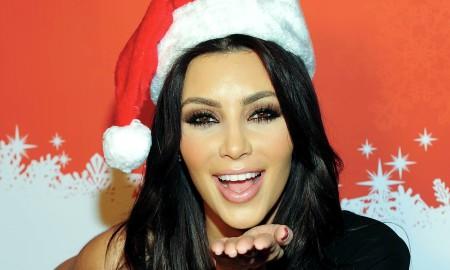Ким Кардашијан, Џенифер Анистон и многу други - погледнете кои од познатите личности денеска слават Божик