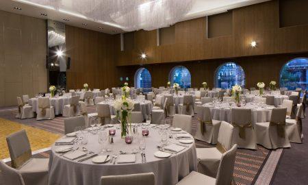 Прв подиум за танцување во големата сала во Скопје Мериот Хотелот