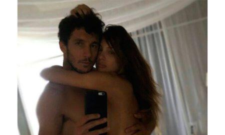 Разголени фотографии на Хуан Монако и неговата девојка го преплавија интернетот