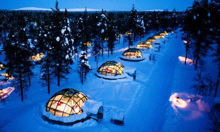 КАКО ОД СОНИШТАТА: Кревет со поглед на поларната светлина (ФОТО)