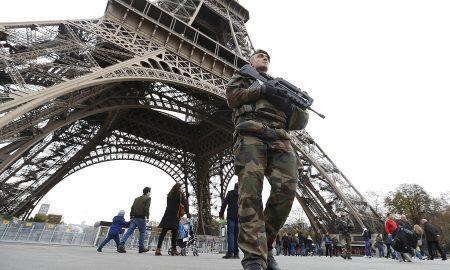 Париз по нападите го посетиле 1,8 милиони туристи помалку