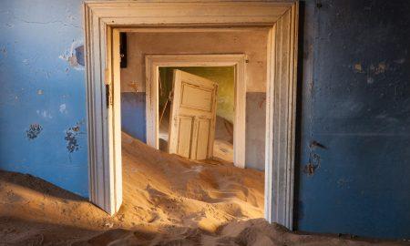 Напуштени места, кои некогаш биле центри на животот (ФОТОГАЛЕРИЈА)