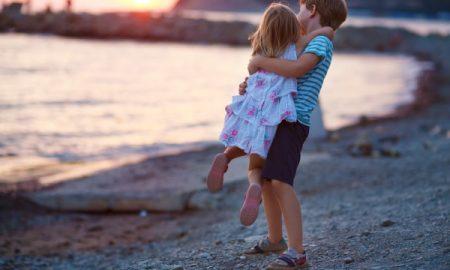 ИСТРАЖУВАЊЕ: Првородените деца се попаметни од помладите браќа и сестри