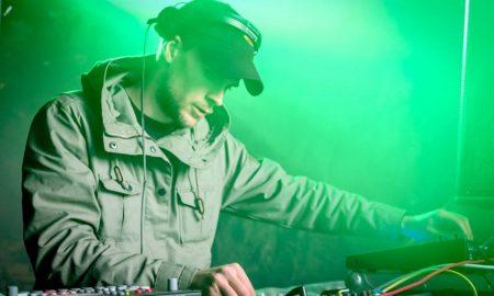 Популарниот техно диџеј Bjarki од Исланд вечерва настапува во Епицентар