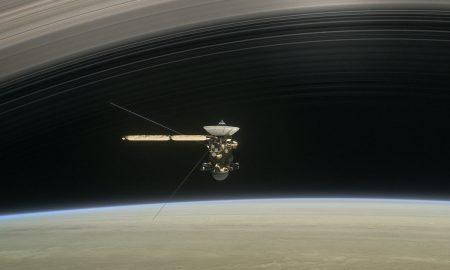"""Сондата """"Касини"""" денеска ќе се распадне над Сатурн"""