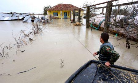 Македонија ќе испрати хуманитарна помош во Албанија