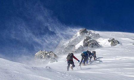 Спасени шестмината скијачи кои се изгубија на Попова Шапка