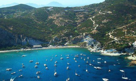 Островот Понца - бисер на италијанскиот западен брег