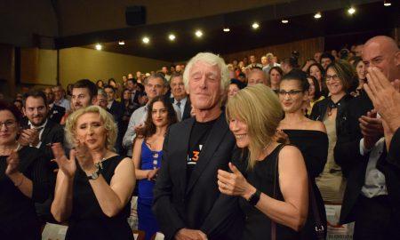 """""""СИМНУВАМЕ КАПА"""": Со гламурозен црвен тепих започна 39-та филмска магија во Битола (ФОТО)"""